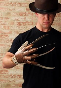 Replica Freddy Krueger Glove alt 1