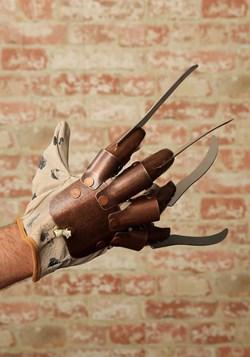 Replica Freddy Krueger Glove alt 3